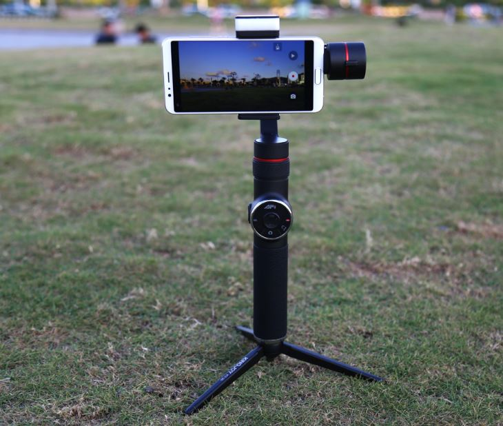 AFI V5 3-Axis Handheld Gimbal Stabilizer For Smartphone Vertical Shooting Panorama Mode Featuring APP Control, Face Tracking(Black)
